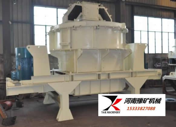 立轴冲击式河卵石制砂机